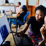 Hoe vinden technologische ontwikkelingen hun weg naar school